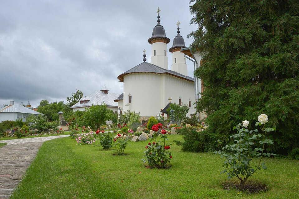 Mănăstirea Văratec, popas sufletesc