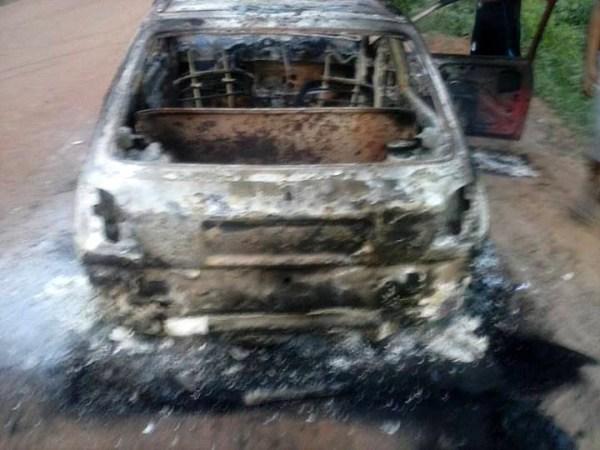 Encapuzados incendeiam carro com indígena Terena dentro em Miranda (MS)