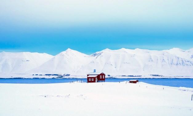 "Nieve roja. ""La sombra del miedo"", de Ragnar Jónasson."
