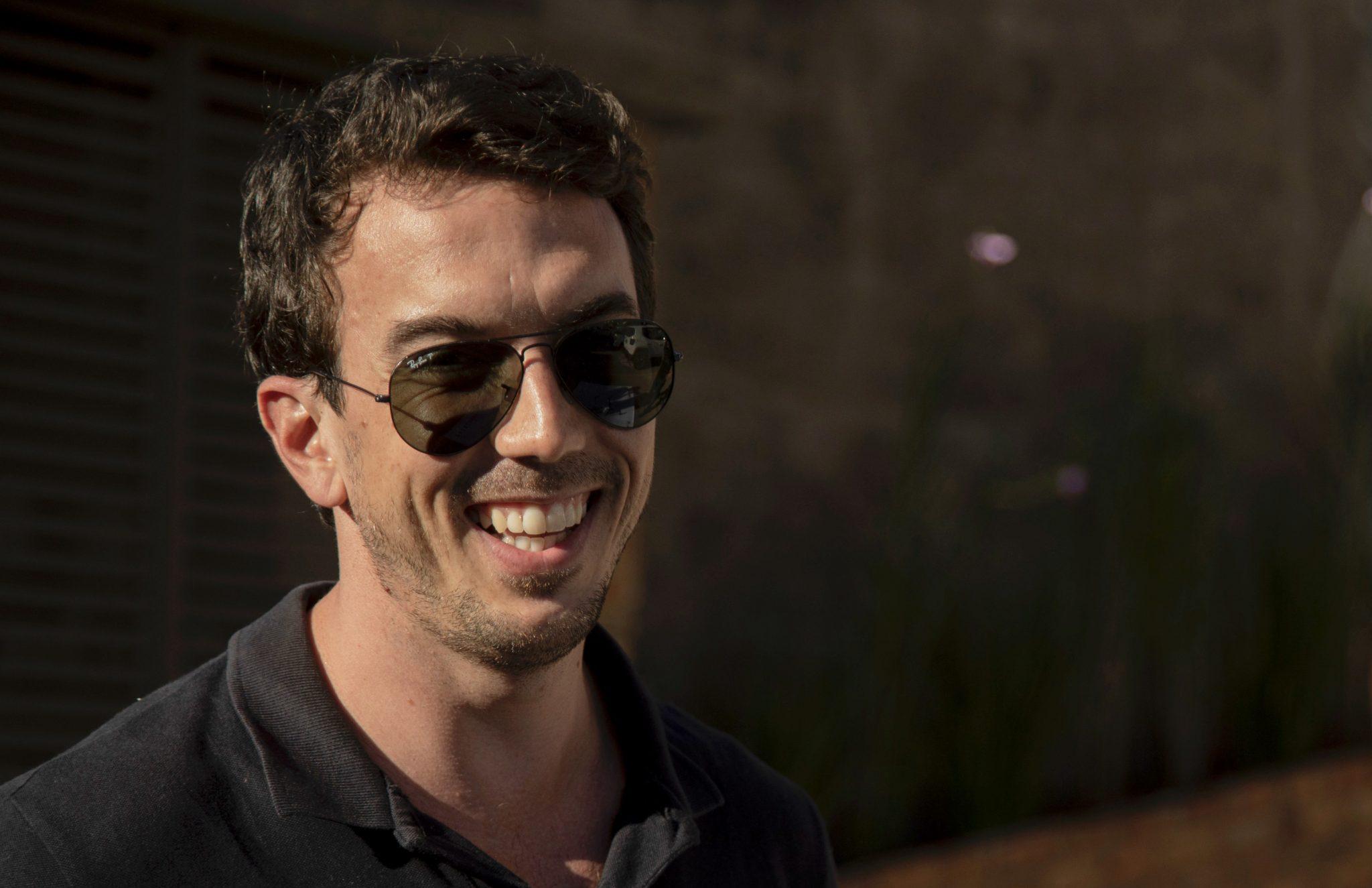 Tiago Calvet, responsável pela primeira entrega por drone da Drogaria Venancio