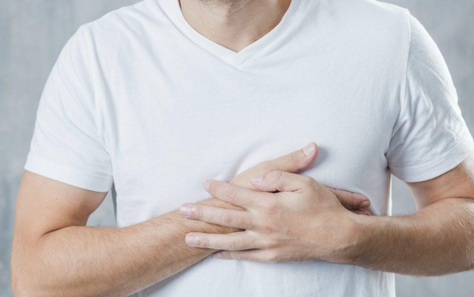 Farmacêutica faz conscientização sobre colesterol