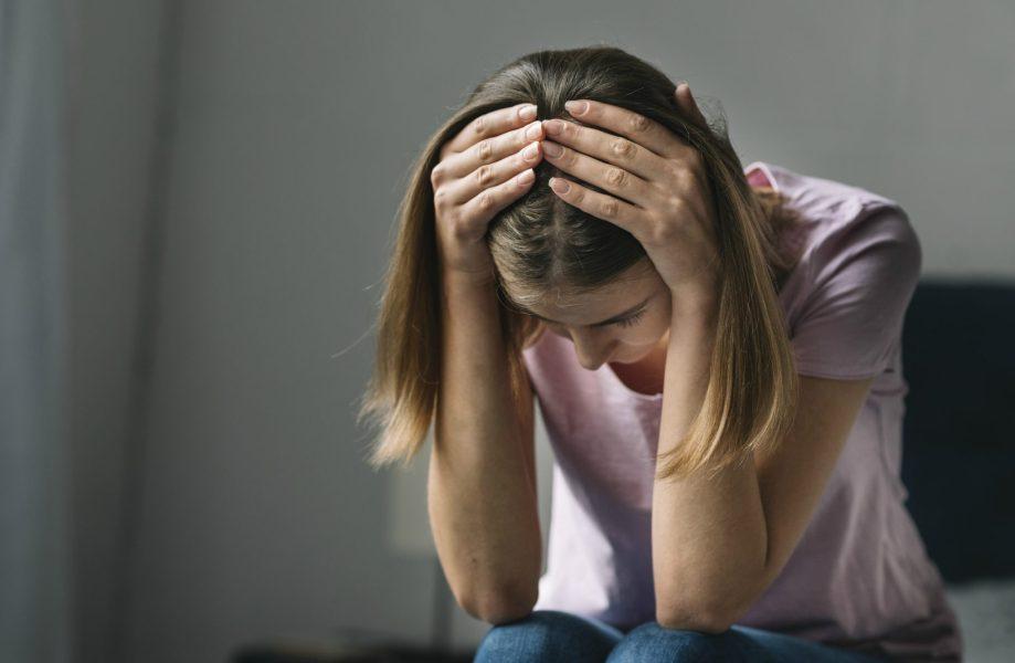Pfizer faz alerta sobre depressão na pandemia