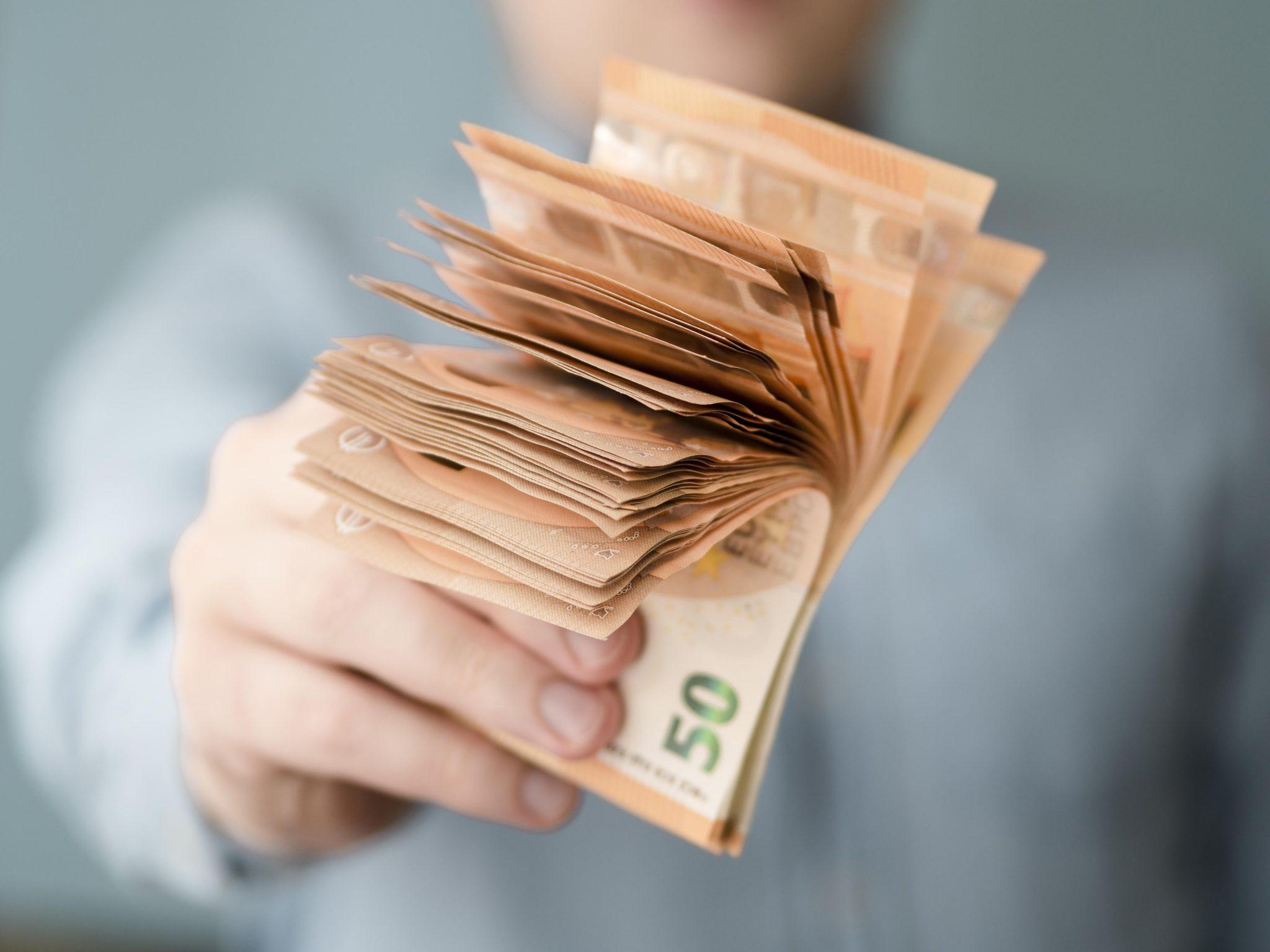 Investigação de sonegação fiscal no setor farmacêutico