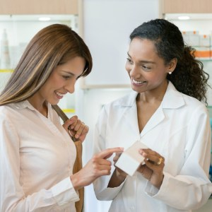 Orientação do farmacêutico sobre uso racional de medicamentos