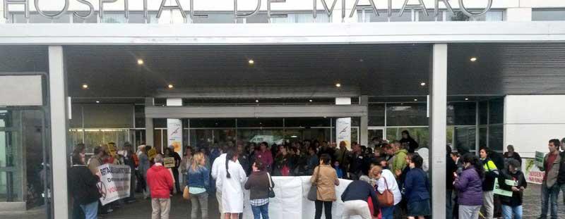Concentración ante el Hospital de Mataró este miércoles. Autor:@matarosanitat