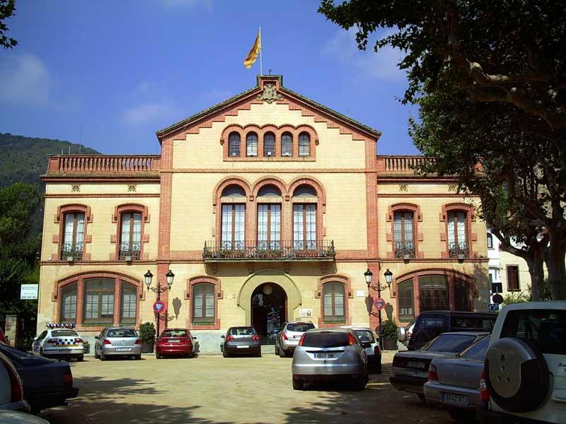 El Ayuntamiento de Premià de Dalt aprobó una resolución de apoyo a la del Parlament del 9n