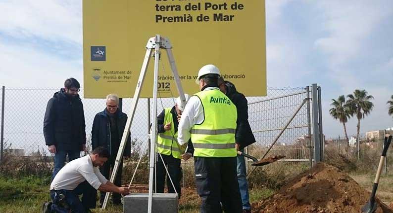 Acto de colocación de la primera piedra del ámbito terrestre del puerto de Premià de Mar