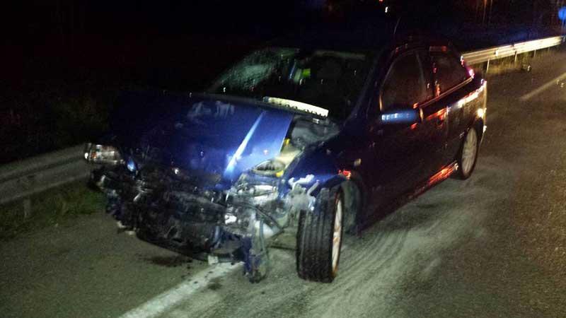Estado en que quedó uno de los vehículos tras el choque frontal. Foto: Bombers de Malgrat