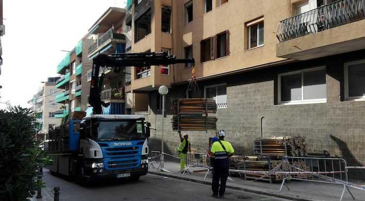 Los trabajos de apuntalamiento del edificio. Foto: Ajt. de Premià