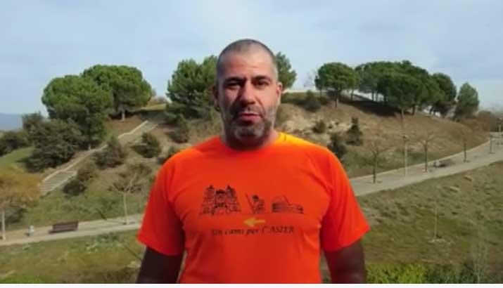 Albert Palacio en el video para recaudar fondos para Asier