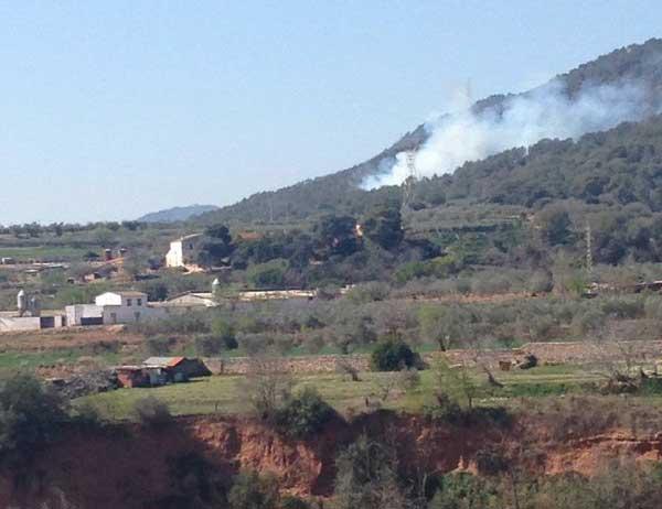 Imagen del incendio captada por los bomberos de Caldes