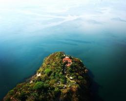 Lago de coatepeque, el salvador fresh