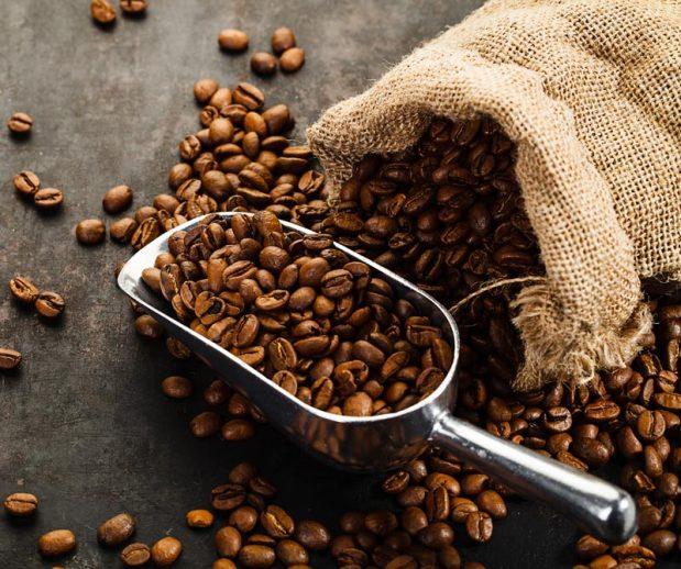 """El adagio popular de que """"en Colombia nos tomamos el café que sobra de la exportación"""", está cambiando gracias a que cada día los paladares nacionales son más exigentes. Conozca en qué consiste esta tendencia, también llamada """"tercera ola""""."""