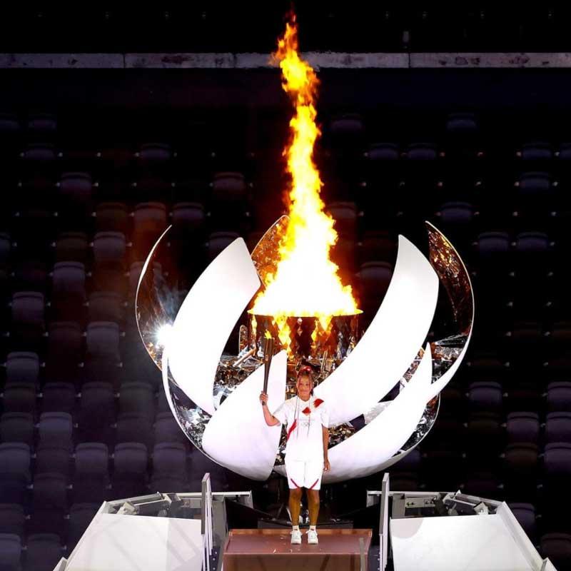 Llama olímpica hecha de hidrógeno.