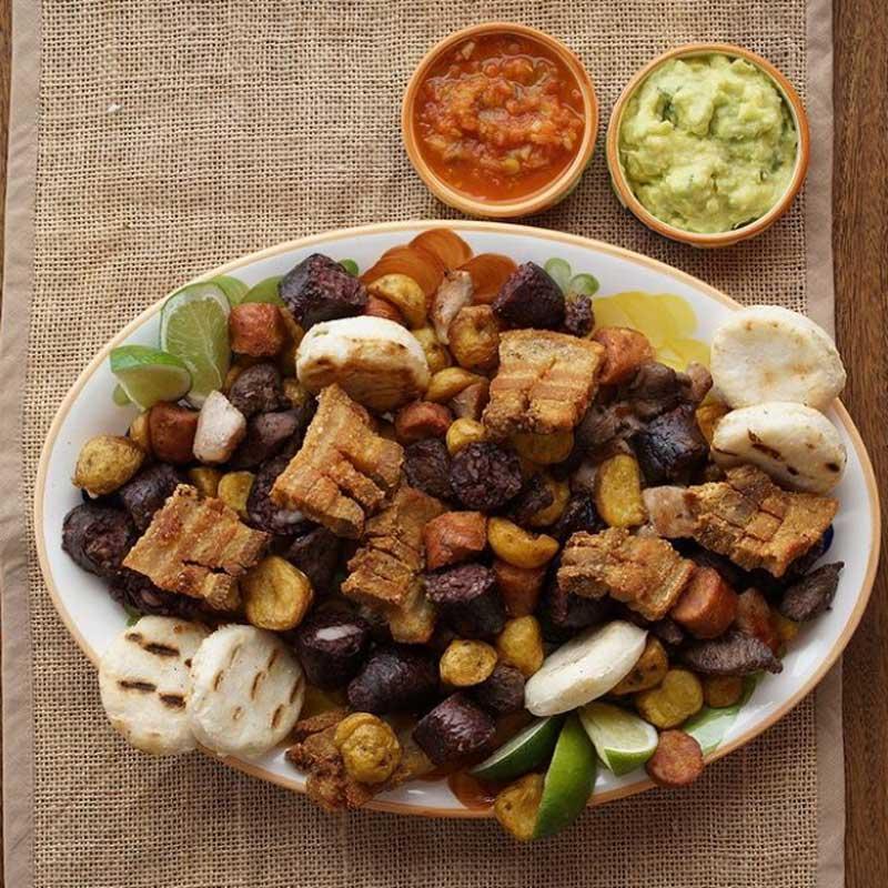 Picada Herencia, plato paisa, comida antioqueña
