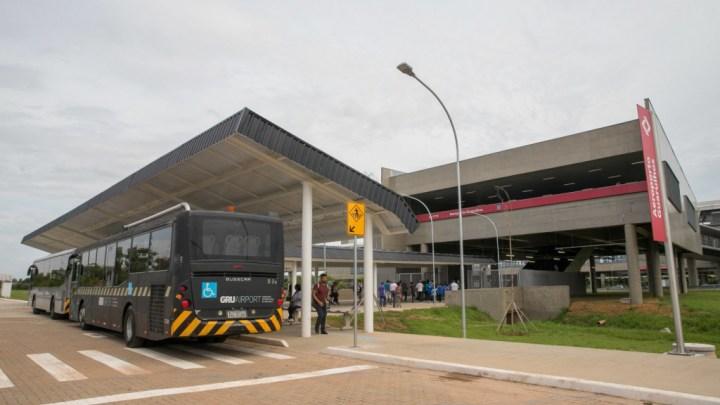 Doria vai trocar ônibus por monotrilho no aeroporto de Guarulhos