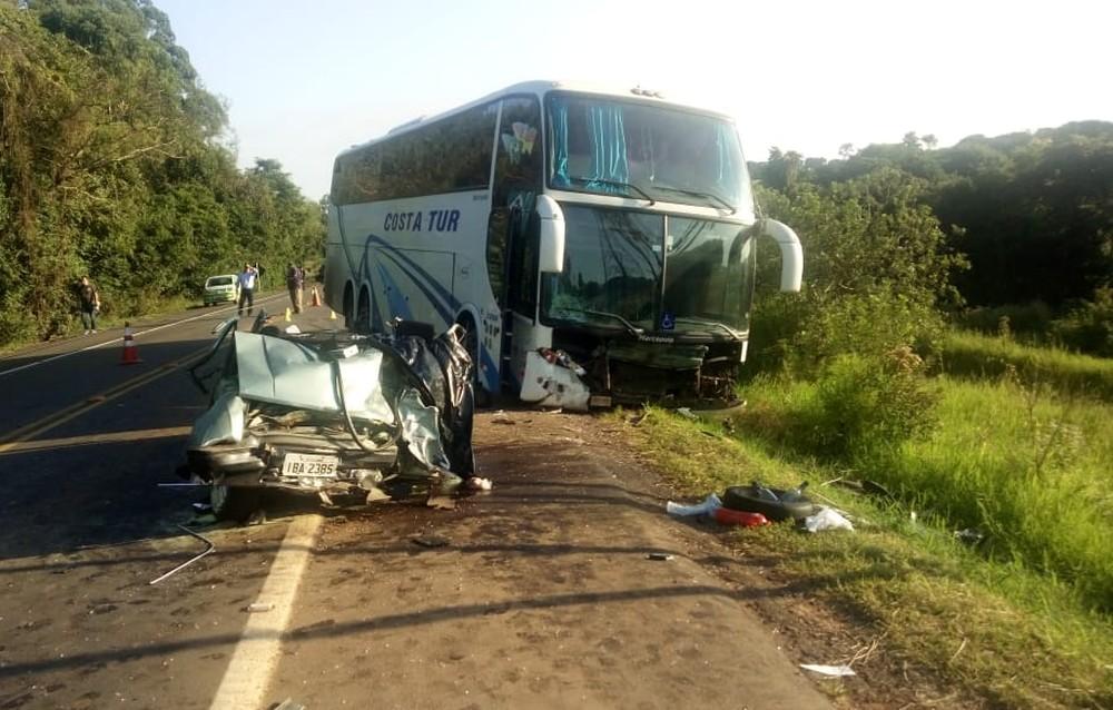 Acidente com ônibus em Ernestina/RS deixa quatro mortos neste domingo