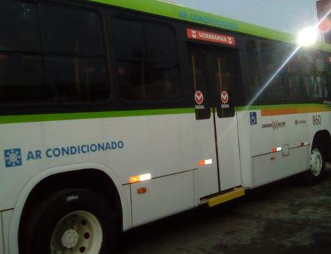 Recife vota projeto de lei para instalação de ar condicionado em Ônibus