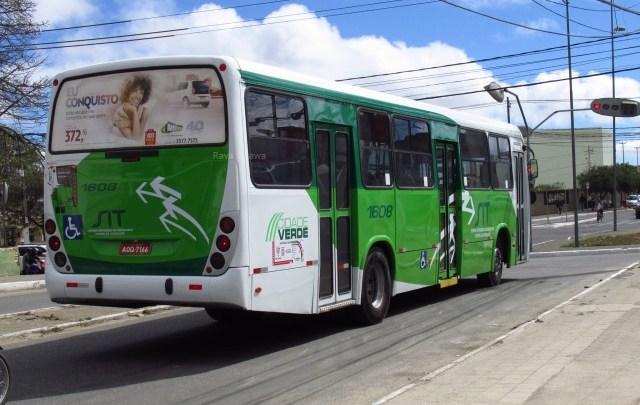 Bandidos fazem arrastão em ônibus de Vitória da Conquista