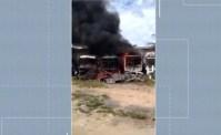 Três ônibus foram destruídos em incêndio no Sul da Bahia