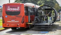 Curitiba disponibiliza novos ônibus super articulados