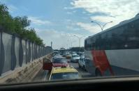 Rio: Linha Vermelha tem interdições nesta tarde devido tiroteio no Complexo da Maré