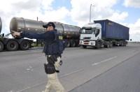 PRF reforça fiscalização nas rodovias federais de PE durante a operação São João