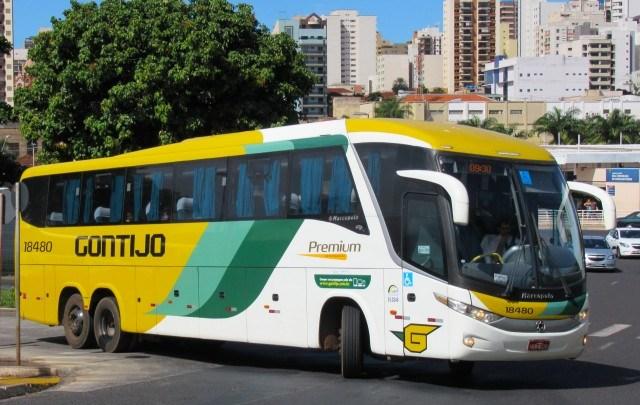 PRF apreende droga com passageiro em ônibus da Viação Gontijo