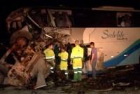 Acidente entre carreta e ônibus da Viação Satélite Norte deixa 4 mortos na BR-163