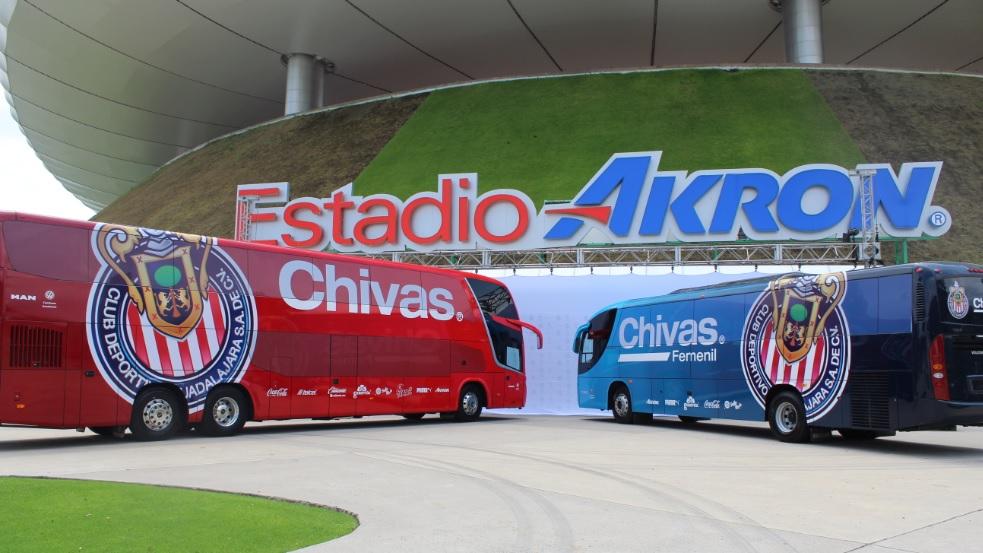 Chivas Guadalajara ganha dois novos ônibus rodoviários