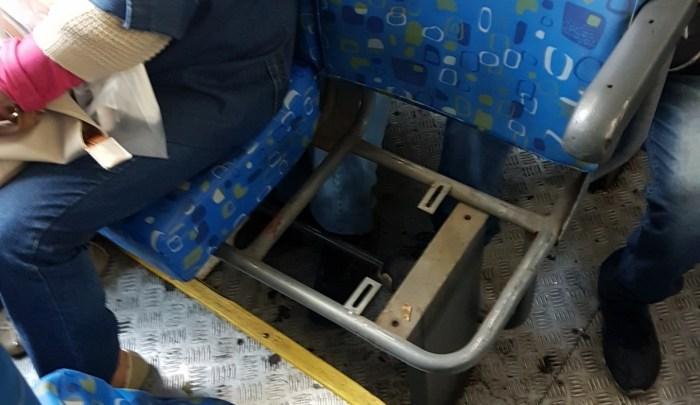 Viação Paranapuan segue com ônibus em péssimas condições no Rio