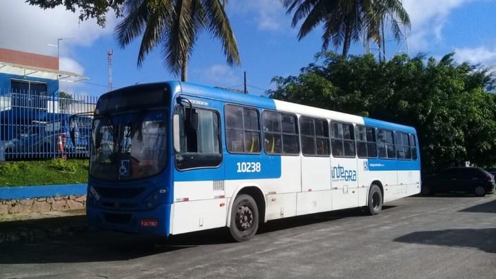 Idoso rouba ônibus em Salvador nesta sexta-feira