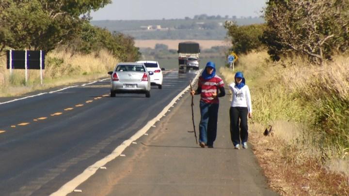 MPF pede restrição do tráfego de veículos pesados na BR-365 durante festa religiosa