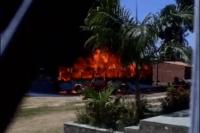 Segundo ônibus é incendiado na tarde desta segunda-feira em Fortaleza