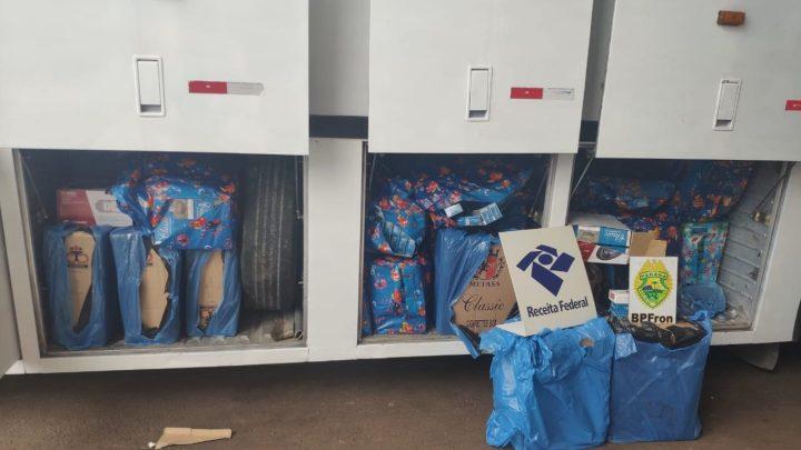 Receita Federal e BPFron apreende ônibus com cigarros contrabandeados na BR-277