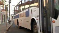 SP: Prefeitura de Piraju usa ônibus escolar após licitação ser adiada