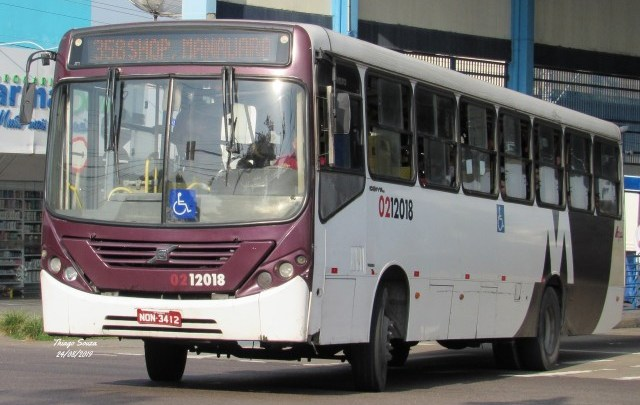 Motorista de ônibus é baleado durante assalto em Manaus