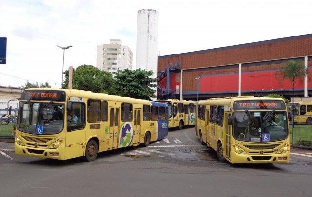 Idosa acaba atropelada dentro do Terminal Central em Uberlândia