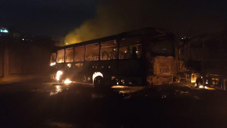 Rio: Guerra do tráfico queima ônibus na Zona Norte em dia de Rock in Rio