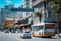 Porto Alegre inaugura nesta segunda-feira 21, duas faixas exclusivas para ônibus