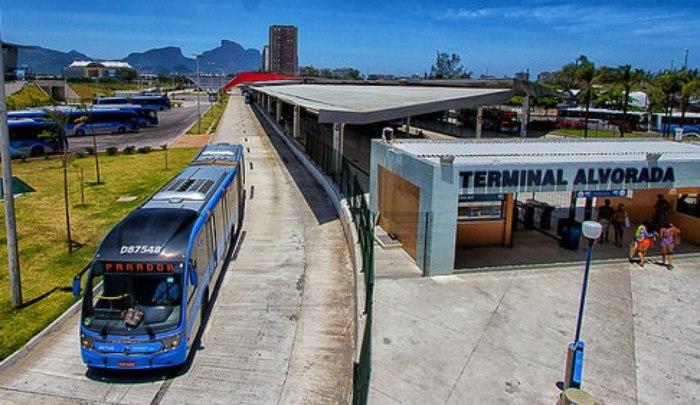 Acidente no Terminal Alvorada fecha plataformas de embarque nesta tarde diz, BRT Rio
