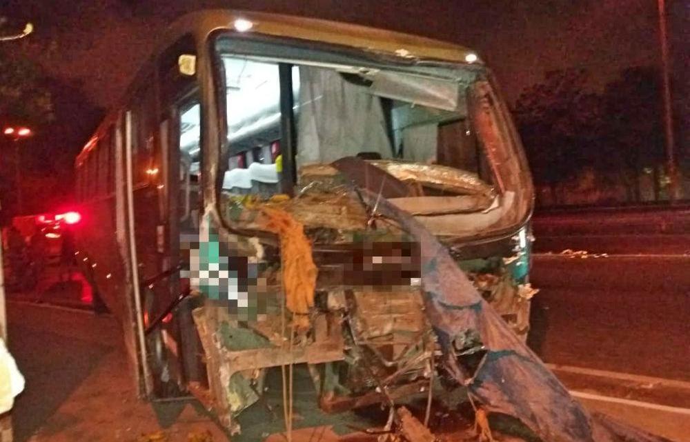 Acidente com ônibus no Recife deixa um morto e três feridos na BR-101