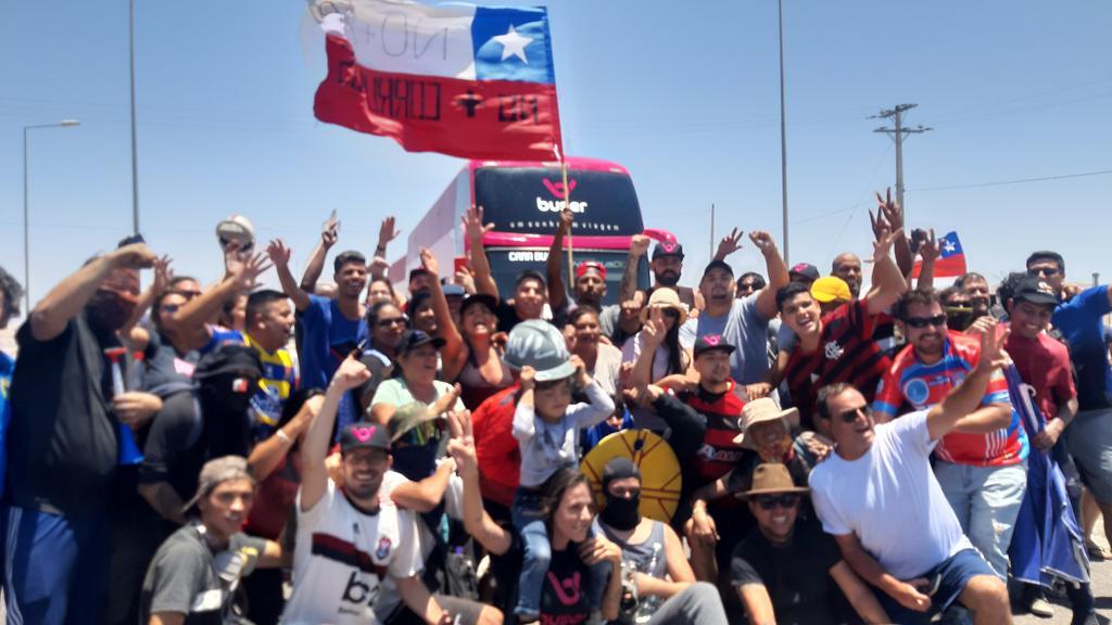 Chile: Ônibus da Buser são liberados para seguir viagem a Lima após protestos em rodovias