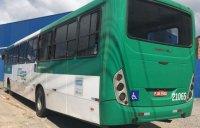 Homem furta ônibus em Salvador e acaba parando em hospital no bairro de Narandiba