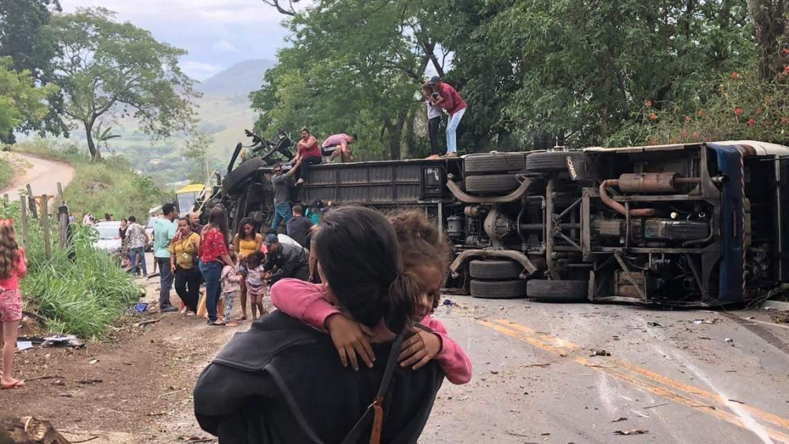 ES: Acidente com ônibus deixa três mortos em Itapemirim