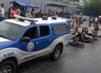 Salvador: Polícia Militar prende quatro homens e apreende um menor durante assalto em ônibus