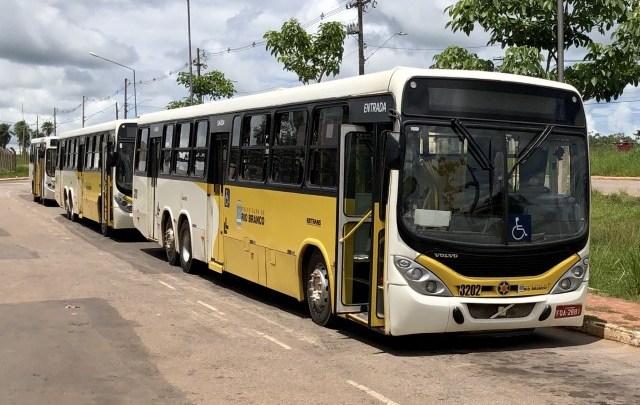 Rodoviários de Rio Branco realizam paralisação de 2 horas