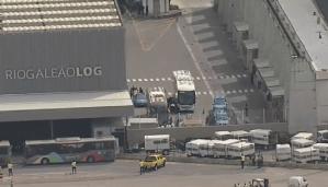 Ônibus do Flamengo e Buser chegam ao Galeão