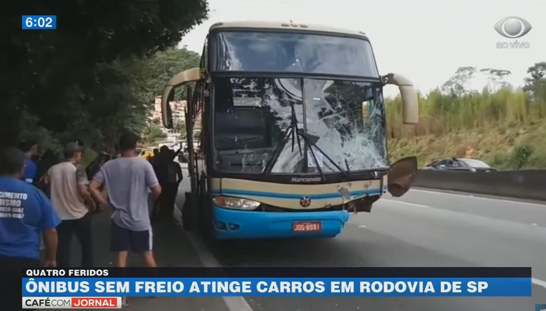 SP: Acidente com ônibus da Novo Horizonte deixou a Rodovia Fernão Dias fechada