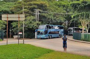 Vídeo: Veja o movimento intenso de ônibus no Terminal do Tiete na véspera de natal